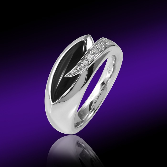 damen ring silber onyx schwarz mit zirkonia inkl holz box. Black Bedroom Furniture Sets. Home Design Ideas
